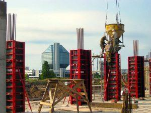 Подача бетона в опалубку
